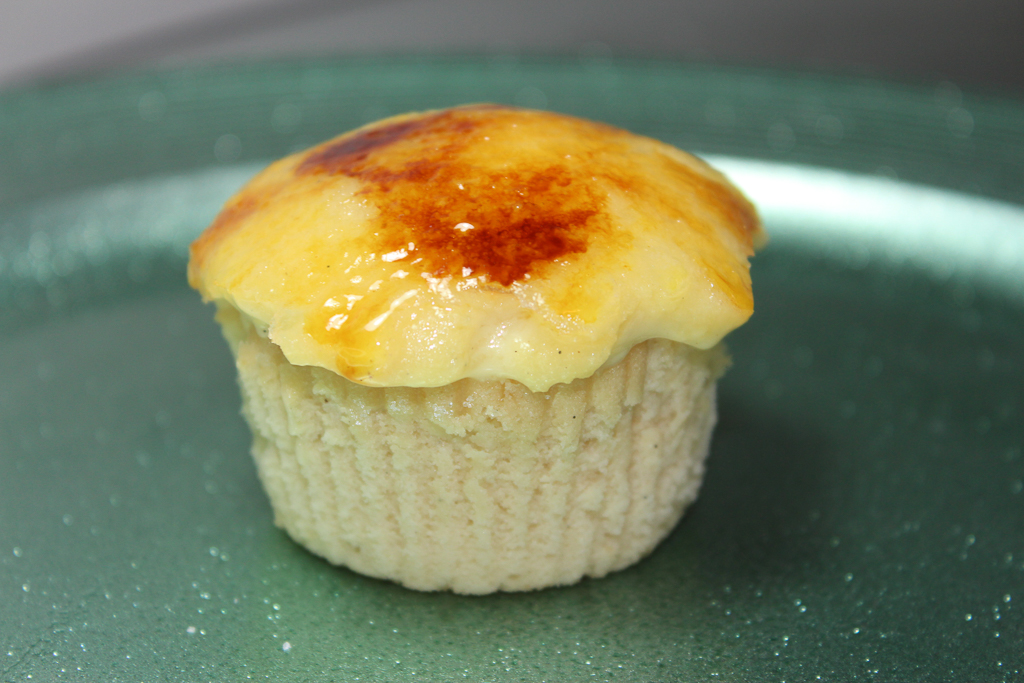 Irish Cream Creme Brulee Cupcakes-2
