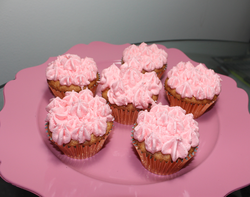 berry strawberry cupcakes-2