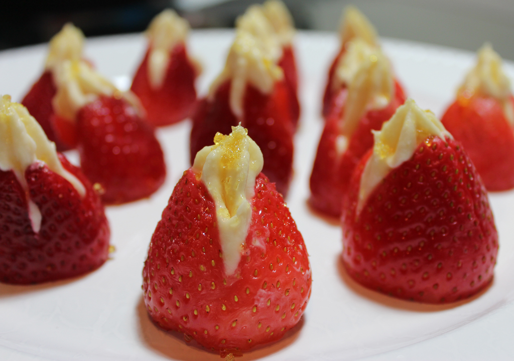 stuffed strawberries-2